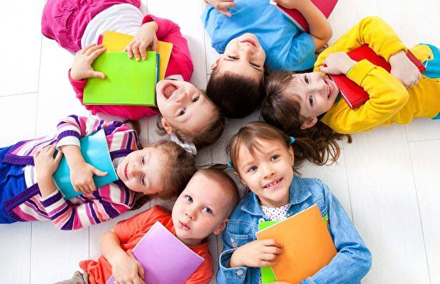 çocuğun okul fobisini yenmesi göre ne yapmalı?