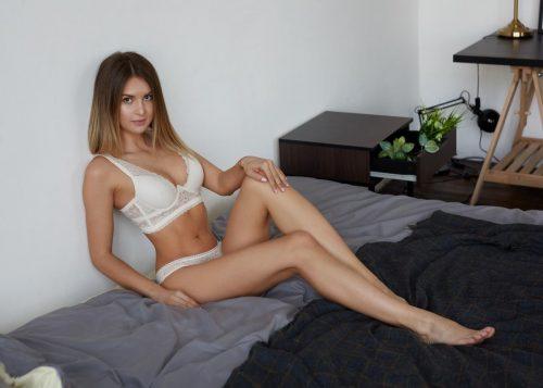 Seksi buğday tenli kız Nurçin